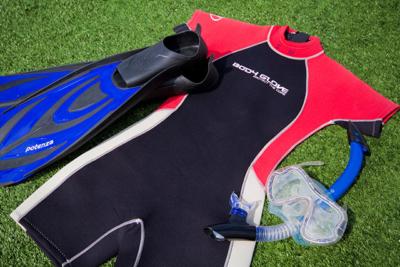 Wet Suite | Snorkel equipment | Galapagos Islands