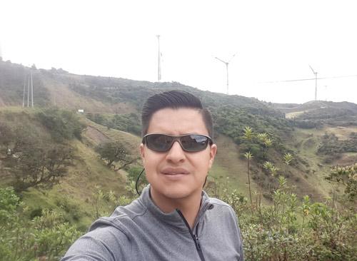 Wladimir Calderón   Latin Trails