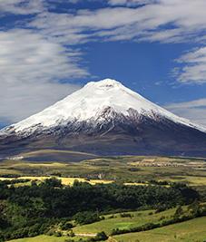cotopaxi-ecuador-latin-trails