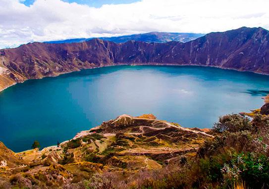 Quilotoa Lagoon Ecuador