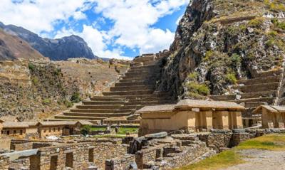 Ollantaytambo Ruins   Peru
