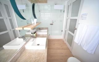 Sea Star Suite Bathroom   Galapagos Cruise